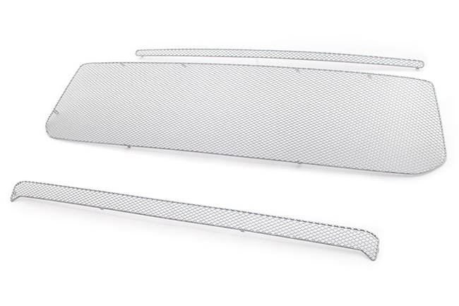 C&C CarWorx offers this aftermarket 3-Piece Kit of Upper & Lower Grille Inserts for 2014-2019 Toyota Tundra models in silver by Grillcraft.